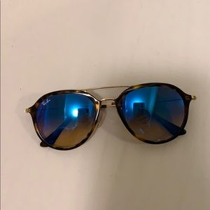 Ray Bans Never worn perfect condition